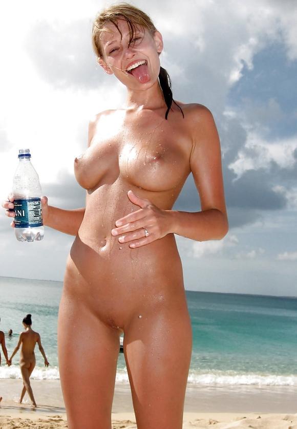 mujeres desnudas en la playa masaje erótico