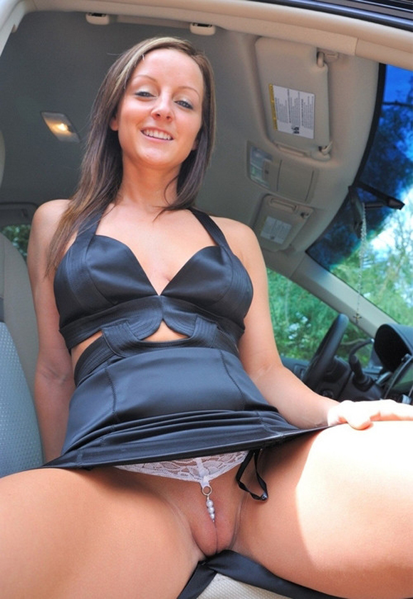 upskirt-fotos-cochitos-chicas-sin-bragas-016.jpg