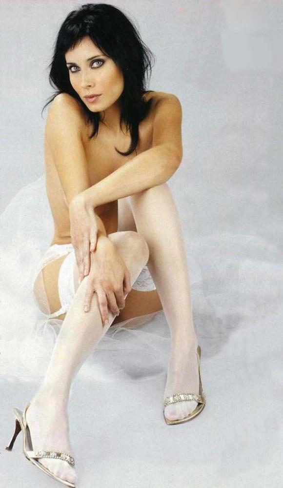 Angelina Jolie: Prefiero llorar en la ducha que delante