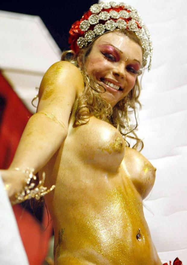 Сексуальныекрасоткинабразильскомкарнавале(79 の фото、ню) - Сексуальные красо